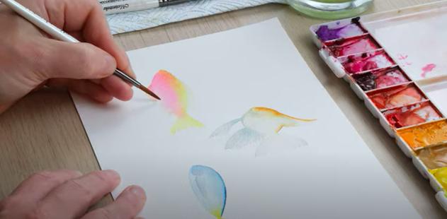 adding detail to watercolour fish
